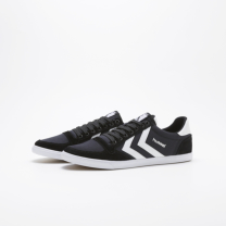 hummel SLIMMER STADIL LOW CANVAS 黒